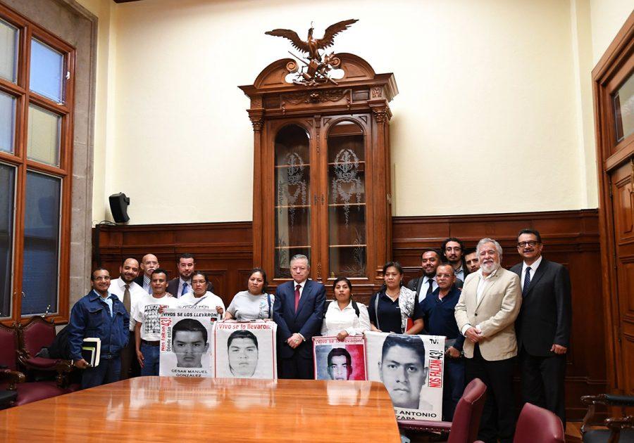 Reunión con la Comisión Presidencial por la Verdad y la Justicia en el caso Ayotzinapa - Ministro Presidente Arturo Zaldivar