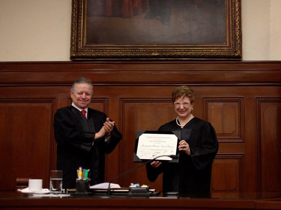 Sesión solemne conclusión de cargo Ministra Margarita Luna - Ministro Presidente Arturo Zaldivar