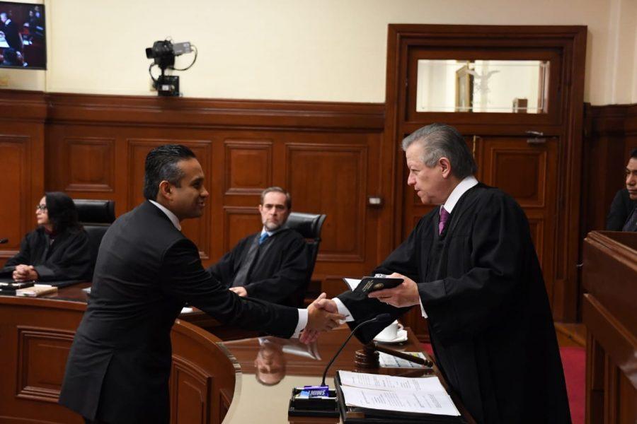 Toma de protesta a jueces de distrito en sesión solemne conjunta - 4
