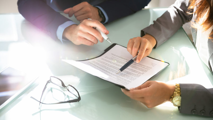 interés jurídico de cónyuges